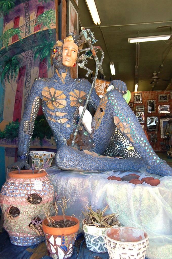 Mosaic statue in New Orleans, Louisiana
