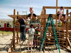 Roadmonkeys building a playground in Vietnam