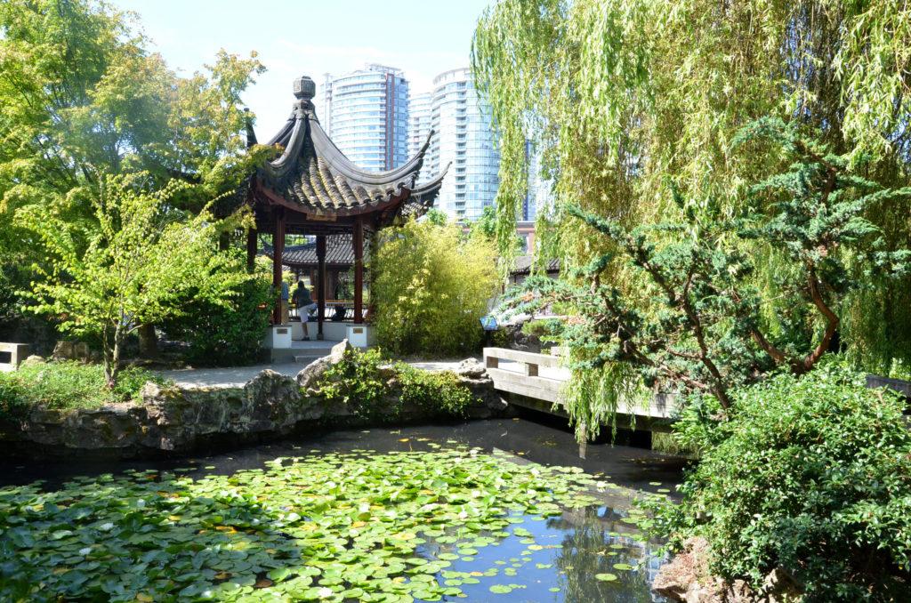 Exploring dr sun yat sen chinese garden in vancouver for Garden design vancouver