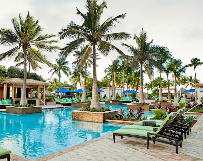 The Aruba Marriott pool