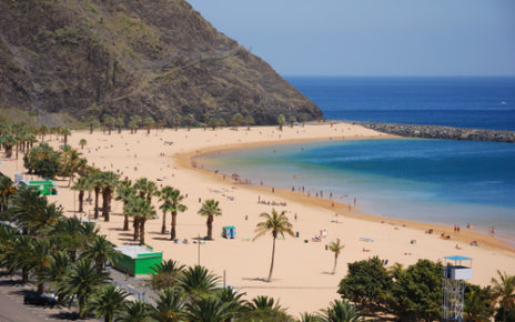 traveling in the canary islands
